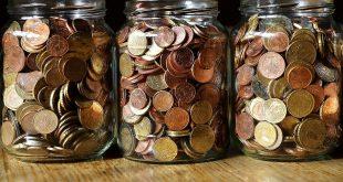 10 Hacks to Save Money