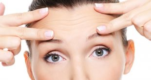 Four Effective ways to make your Skin look Younger by Reducing Wrinkles at Home